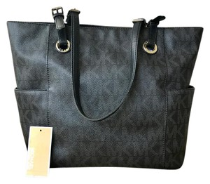 Michael Kors Signature Leather Tote in Black