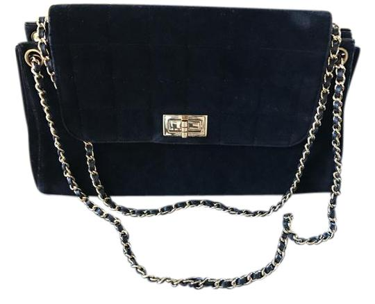 Preload https://img-static.tradesy.com/item/20874259/chanel-black-double-chain-classic-suede-shoulder-bag-0-1-540-540.jpg