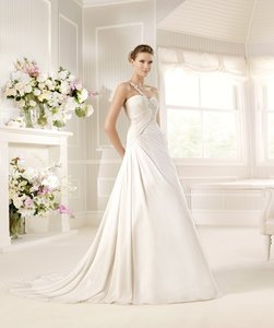 Pronovias Murphy Wedding Dress
