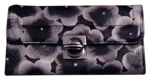 Marc by Marc Jacobs Marc By Marc Jacobs NWOT Black/ White floral leather Wallet