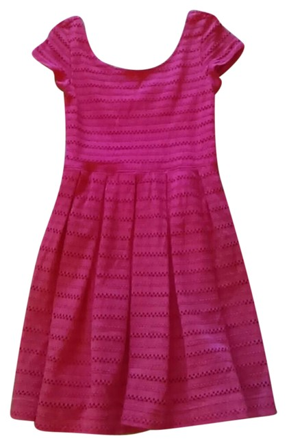 Preload https://img-static.tradesy.com/item/20875463/pink-cute-short-casual-dress-size-4-s-0-3-650-650.jpg