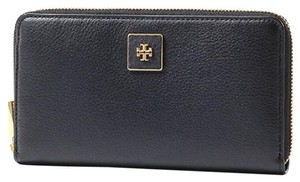 Tory Burch NWT TORY BURCH CLARA BLACK ZIP CONTINENTAL WALLET