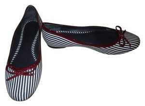 Saks Fifth Avenue Striped Classic Patent Leather Leather Blue/White/Red Flats