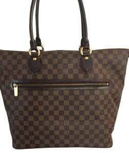 Louis Vuitton Selvedge Damier Saleya Mm Canvas Shoulder Bag