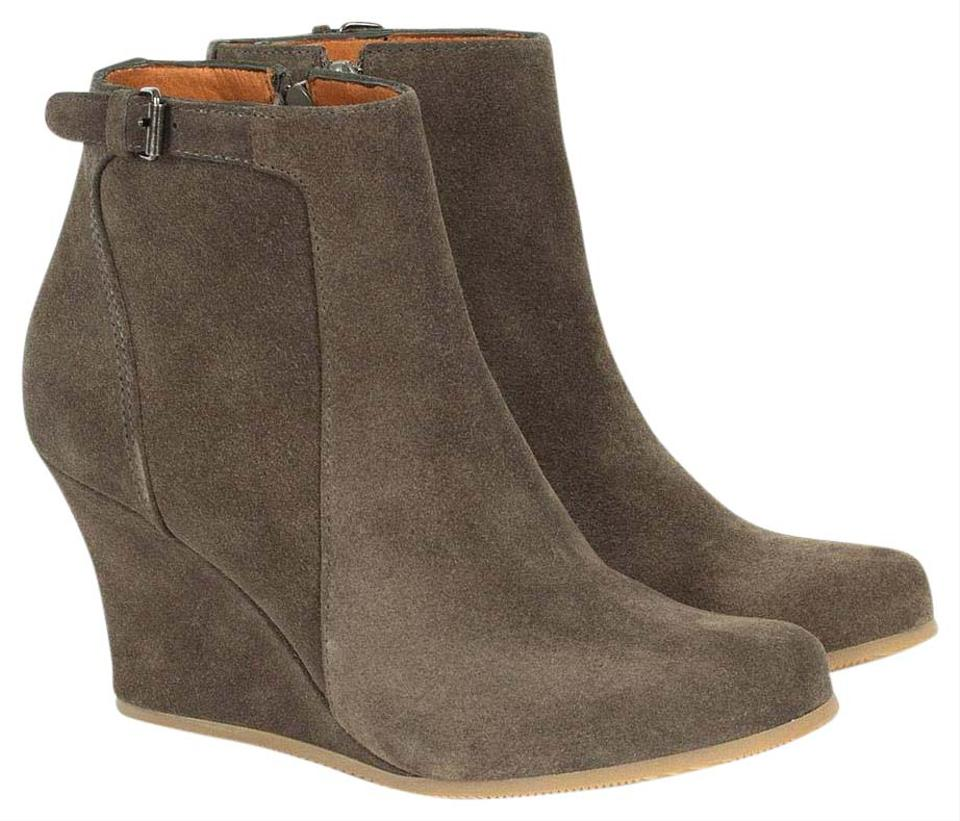 Lanvin Suede Taupe Suede Lanvin Metala Wedge Ankle Boots/Booties cc939c