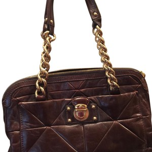 Marc Jacobs Tote in Burgandy with gold metal