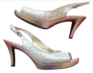 Nine West Party Platform Prom Wedding Silver Pumps