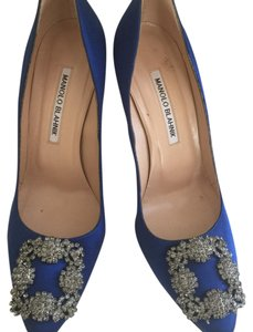 Manolo Blahnik Hangisi Crystal Wedding Pumps