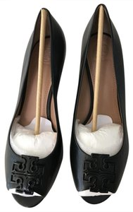 Tory Burch Laura Logo Gift Receipt Black Wedges