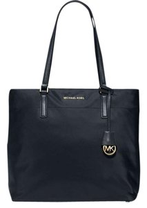 Michael Kors Tote in Black/Gold