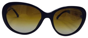 Chanel Chanel Black and Gold Cat Eye Polarized Sunglasses 5269 c.622/S9 56