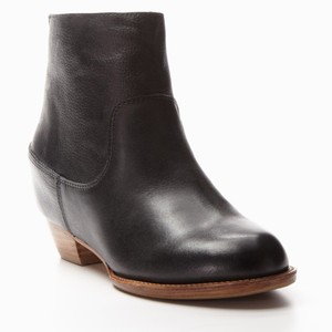 80%20 Leather Hidden Wedge Round Toe Black Boots