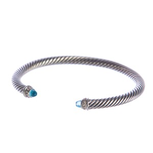 David Yurman Cable Classics Bracelet with Blue Topaz 5mm Size Medium $625 NEW