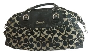 Coach Craftsmanship Stylish Convenient Proud To Own. Shoulder Bag