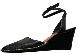 Whats what Black Wedges