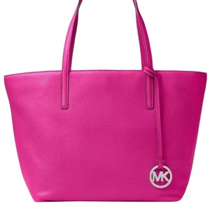 Michael Kors Tote in Fuchsia Pink