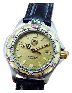 TAG Heuer 4000 Series Professional