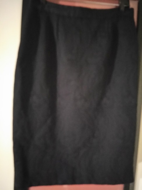 Item - Black Wardy Made In Italy Texture Fabric Lined Skirt Size 12 (L, 32, 33)