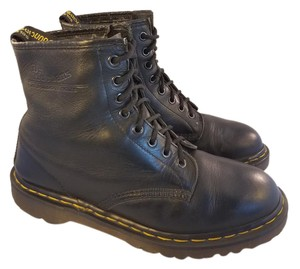 Dr. Martens Made In England 8-eyelets Ankle Unisex Black Boots