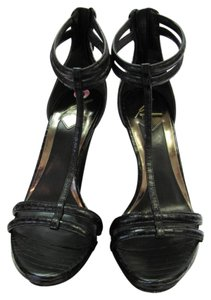 Brian Atwood Leather Size 9.50 M Reptile Design Very Good Condition Black, Sandals