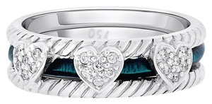 Hidalgo 0.15 CT Hidalgo Green Enamel Triple Heart Diamond Wedding Band in