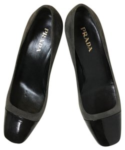 Prada Black / Gray Pumps