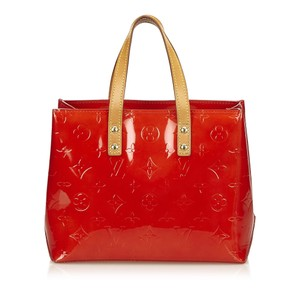 Louis Vuitton 7blvhb003 Tote in Red