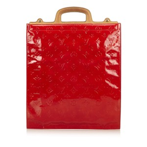 Louis Vuitton 7blvhb002 Tote in Red