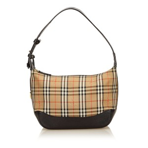 Burberry 7abush003 Shoulder Bag