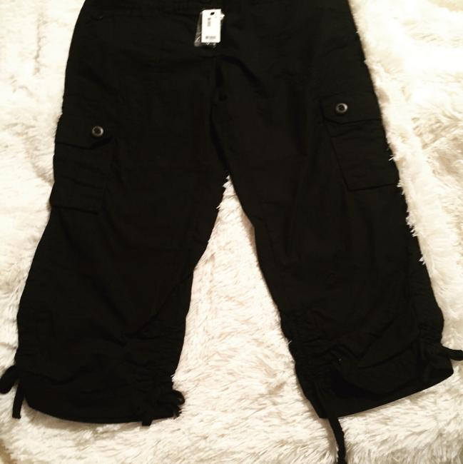 Preload https://img-static.tradesy.com/item/20883514/the-limited-black-sexy-drew-fit-cargo-pants-capris-size-4-s-27-0-1-650-650.jpg