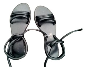 Everlane Leather Italian Limited Edition black Sandals