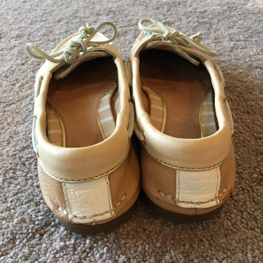 Sperry Tan/Cream Flats