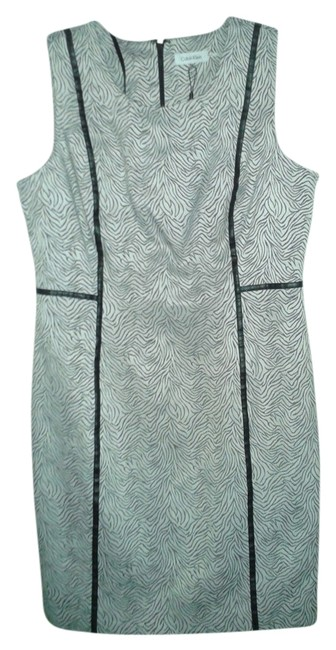 Preload https://item1.tradesy.com/images/calvin-klein-silver-and-black-shift-mid-length-short-casual-dress-size-14-l-2088435-0-0.jpg?width=400&height=650