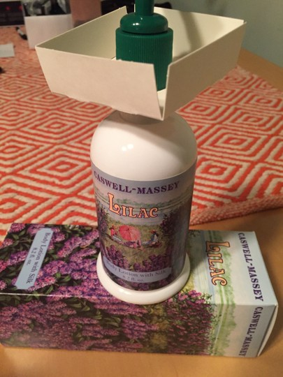 Caswell-Massey New in Box Lilac Body lotion