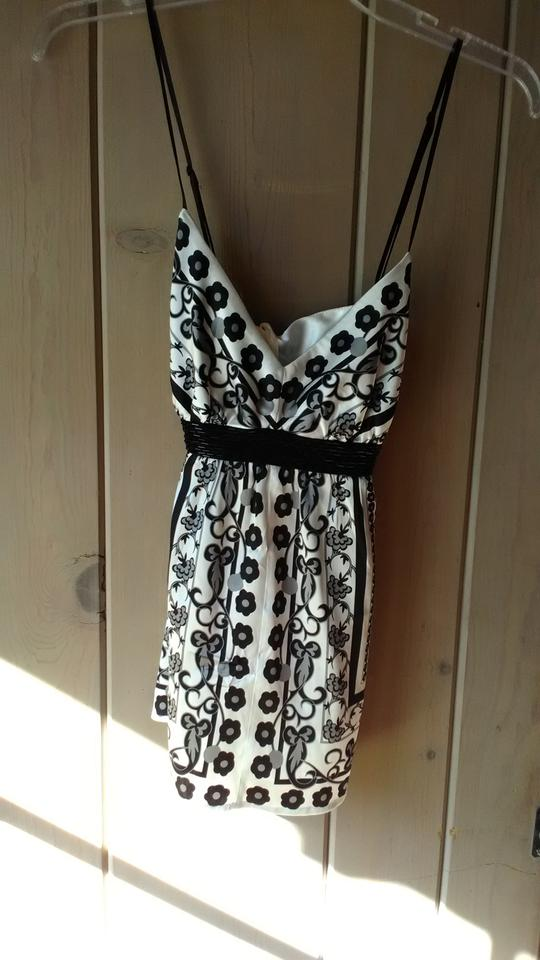 723b920c08075 Arden B. Black and White Silk Halter Top Size 10 (M) - Tradesy