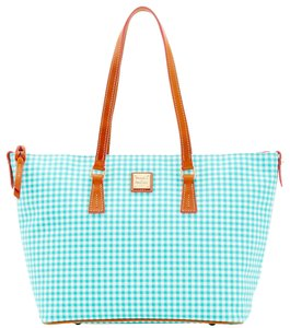 Dooney & Bourke & Zip Top Leather Tote in SEA FOAM