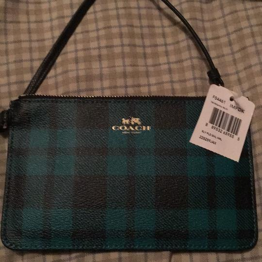Coach Wristlet in Riley NWT plaid green and black with gold hardware