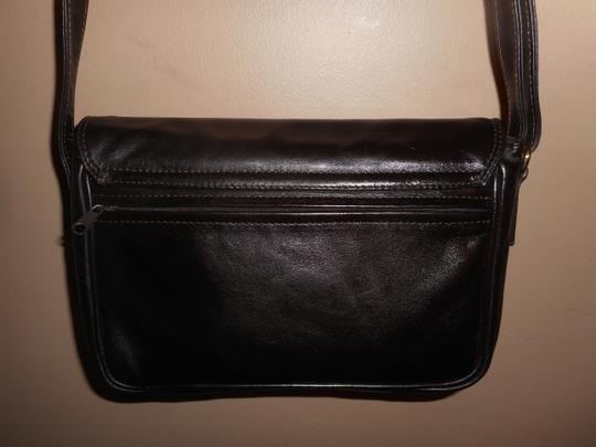 NICOLI Leather Shoulder Bag