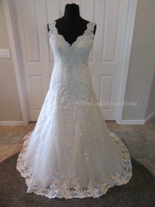 Essense Of Australia D2167 Wedding Dress
