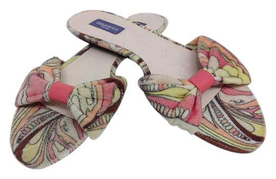 Preload https://img-static.tradesy.com/item/20886074/emilio-pucci-pink-and-brown-printed-terry-sandals-size-us-8-regular-m-b-0-2-540-540.jpg