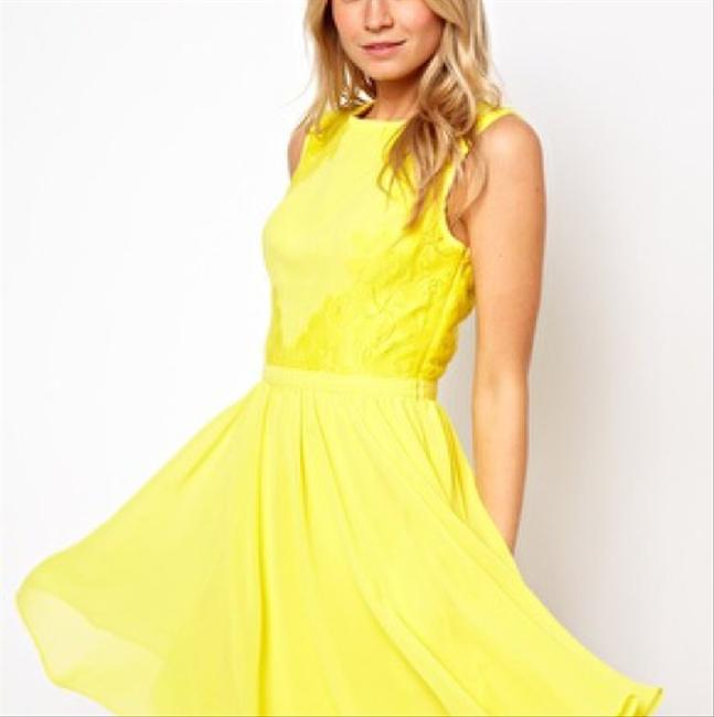 Preload https://img-static.tradesy.com/item/20886107/ted-baker-yellow-just-for-you-short-cocktail-dress-size-4-s-0-0-650-650.jpg