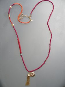 Chico's POSY Necklace Red & Orange Beaded Hammered Goldtone Tassel NEW