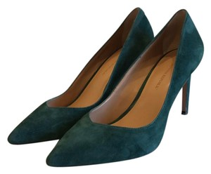 Banana Republic green Pumps