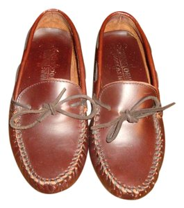 Minnetonka Mens Brown Flats