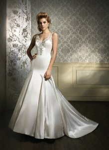 Alfred Angelo 884 Wedding Dress