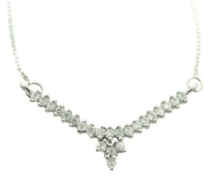 Other Diamond V Shaped Necklace in 18k White Gold (0.8 cttw)