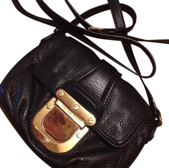 Preload https://img-static.tradesy.com/item/20887028/michael-kors-sale-today-only-black-with-gold-hardware-cross-body-bag-0-1-540-540.jpg