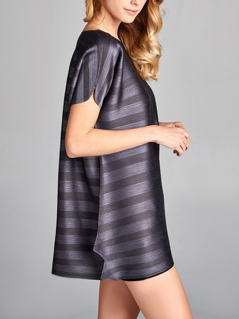 Nabisplace Black Floral Embroidered Pleats Tunic