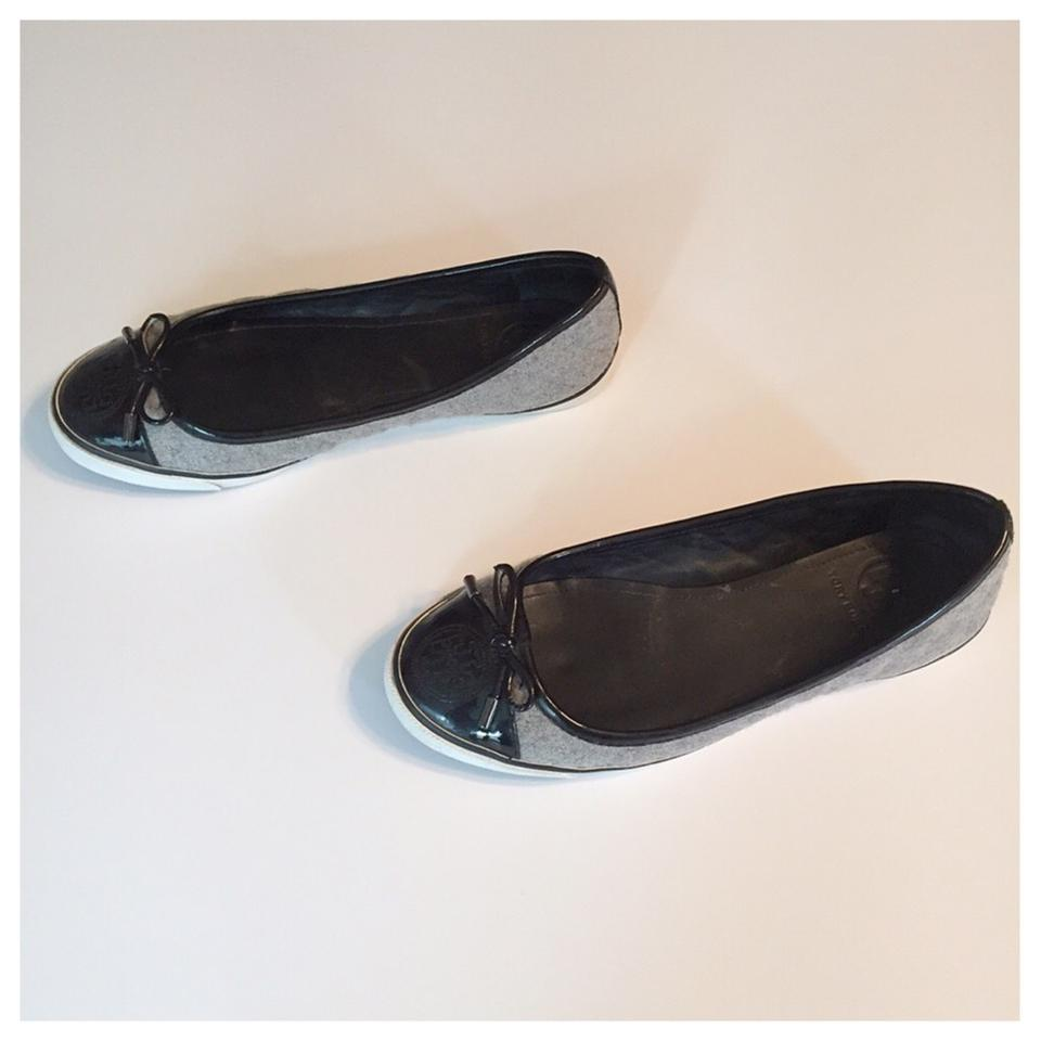 b6f72e777d21 Tory Burch Black and Grey Skylar Sneaker Flats Size US 6.5 Regular ...