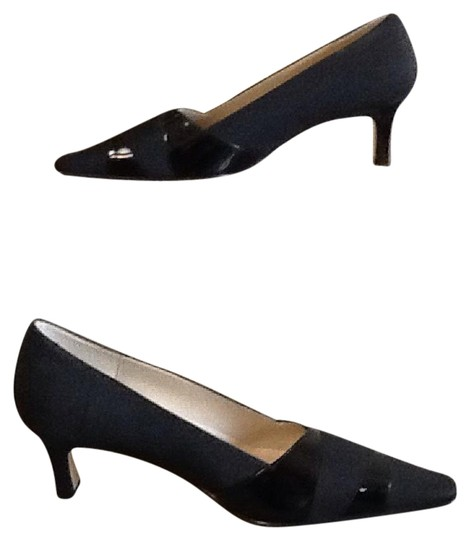 Preload https://img-static.tradesy.com/item/20887656/ak-anne-klein-black-fabric-upper-leather-sole-worn-once-for-an-engagement-party-very-comfortable-cl-0-1-540-540.jpg
